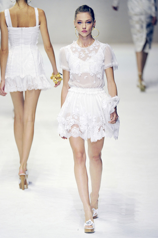 Dolce &amp- Gabbana Spring Summer 2011 - Searching For Style