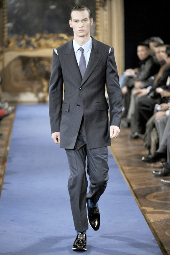 Alexander McQueen, menswear, autumn winter 2011, fall 2011, menswear catwalks, fashion shows, Sarah Burton, tailoring