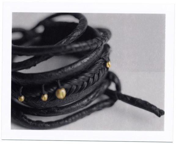 Aoi Kotsuhiroi, art shoes, art jewelry