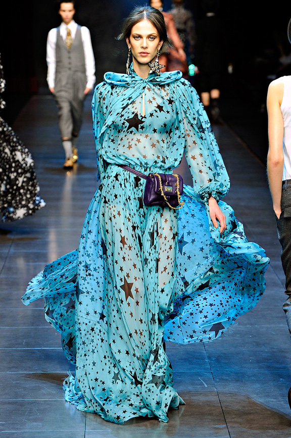 Dolce & Gabbana, womenswear, Milan fashion week, autumn winter 2011