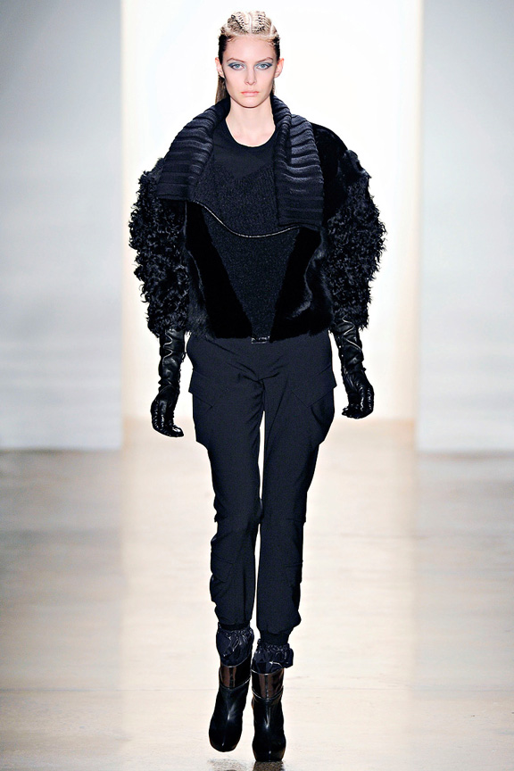 Ohne Titel, New York Fashion Week, womenswear, autumn winter 2011, deconstruction