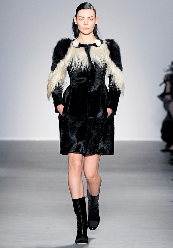 Giambattista Valli, fur, autumn winter 2011, Paris fashion week, womenswear