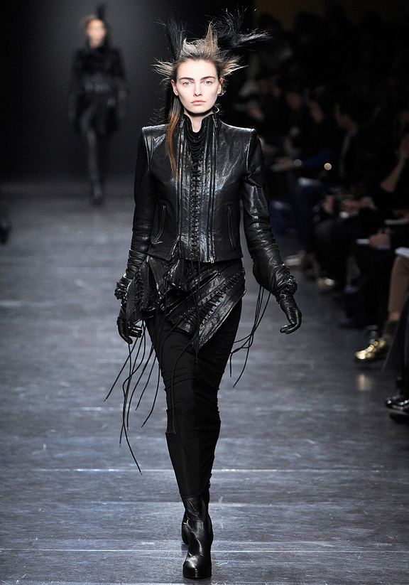 Ann Demeulemeester, fur, autumn winter 2011, Paris fashion week, wom