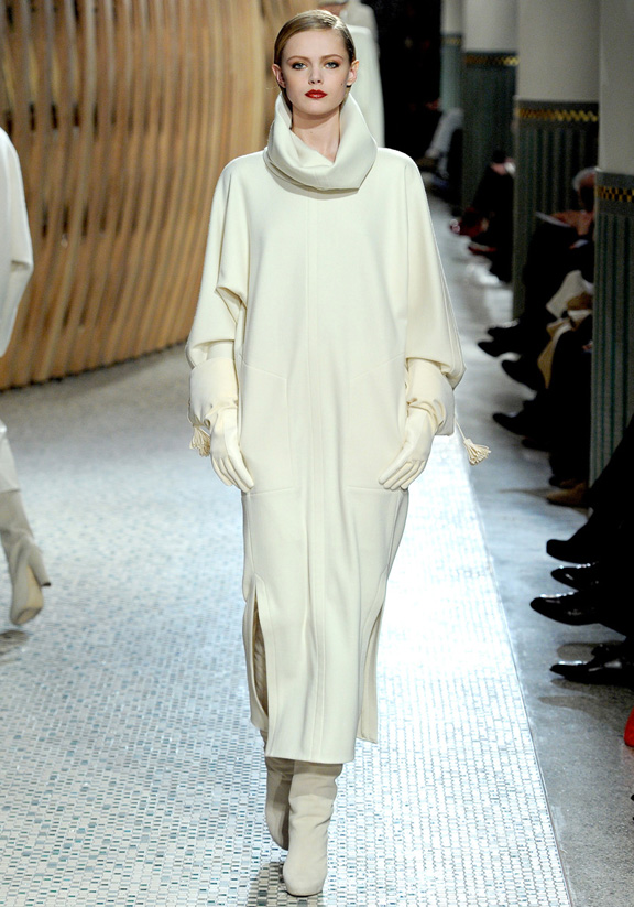 Hermes, Christophe Lemaire, fur, leather, autumn winter 2011, Paris fashion week, wom