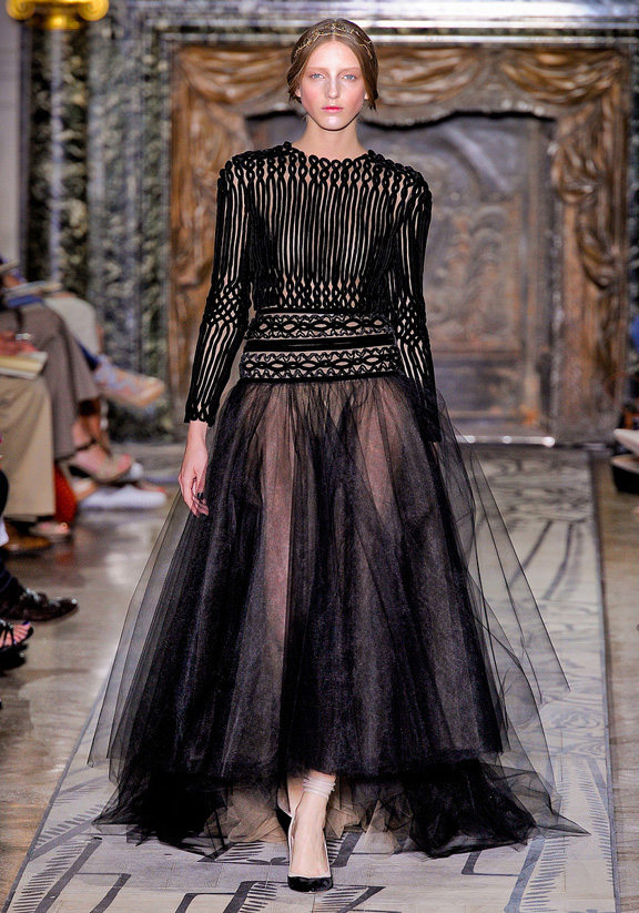Valentino, haute couture, fashion shows, Fall Winter 2011