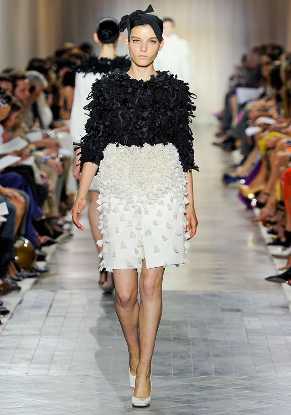 Giambattista Valli, haute couture, couture fashion shows, catwalk shows, fall winter 2011