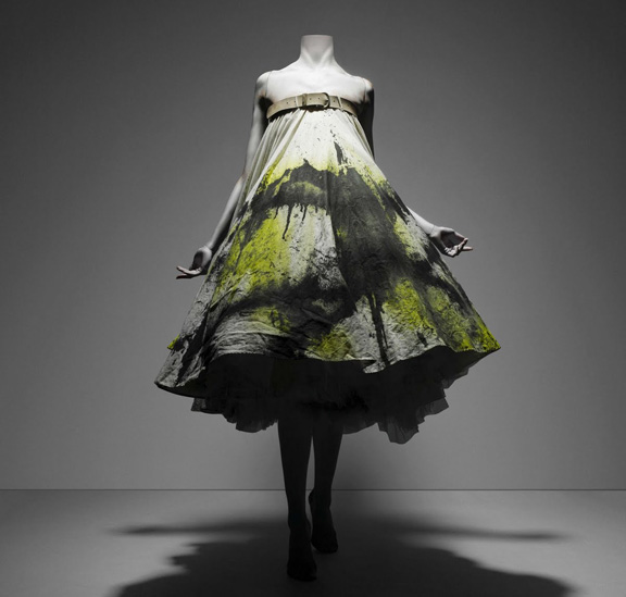 Alexander McQueen, Savage Beauty, The Metropolitan Museum of Art, fashion exhibitions
