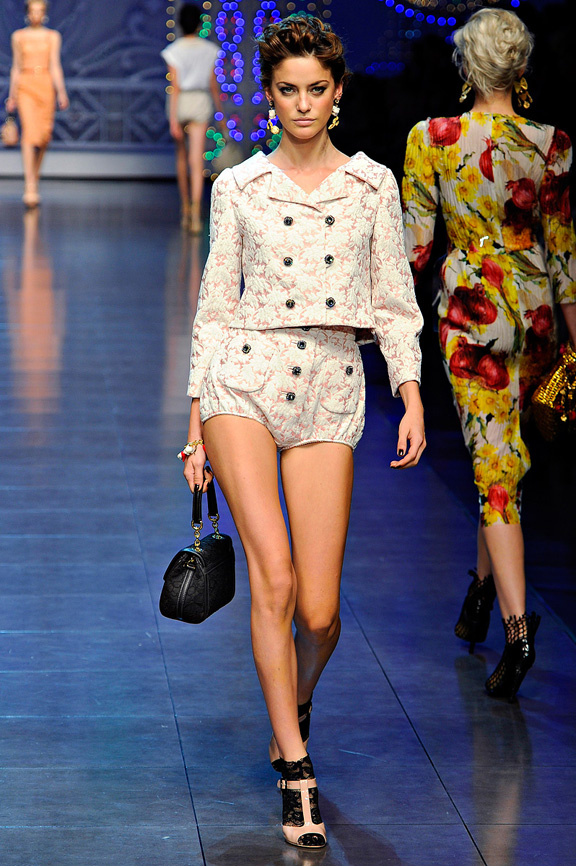 Dolce & Gabbana, Milan fashion week, fashion shows, catwalk, spring summer 2012