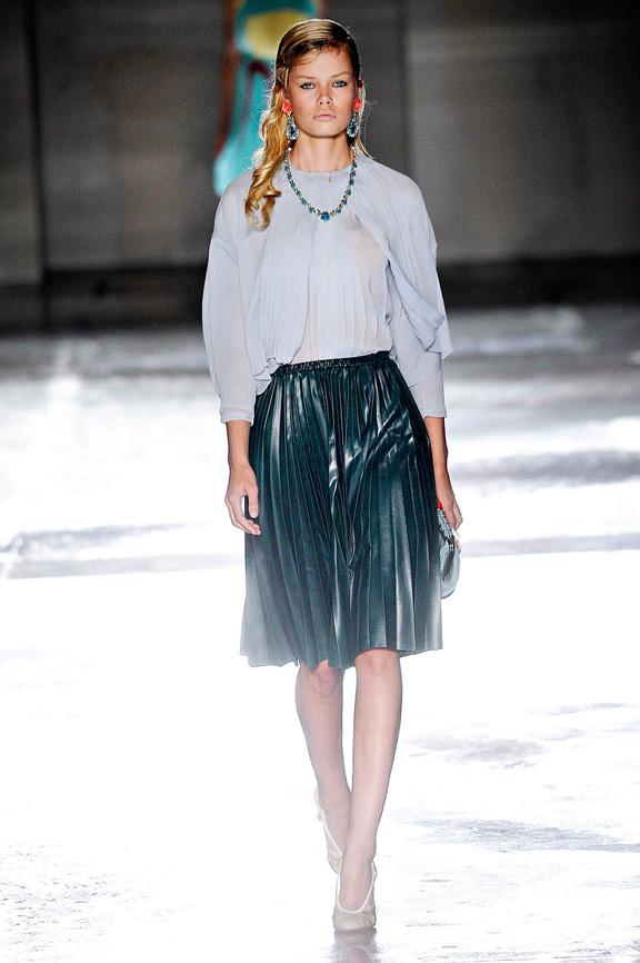 Prada, Milan fashion week, fashion shows, catwalk, spring summer 2012