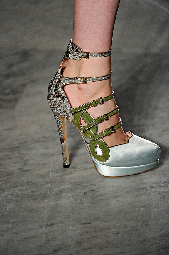 Aquilano Rimondi, Milan fashion week, catwalk shows, amazing shoes, spring summer 2012