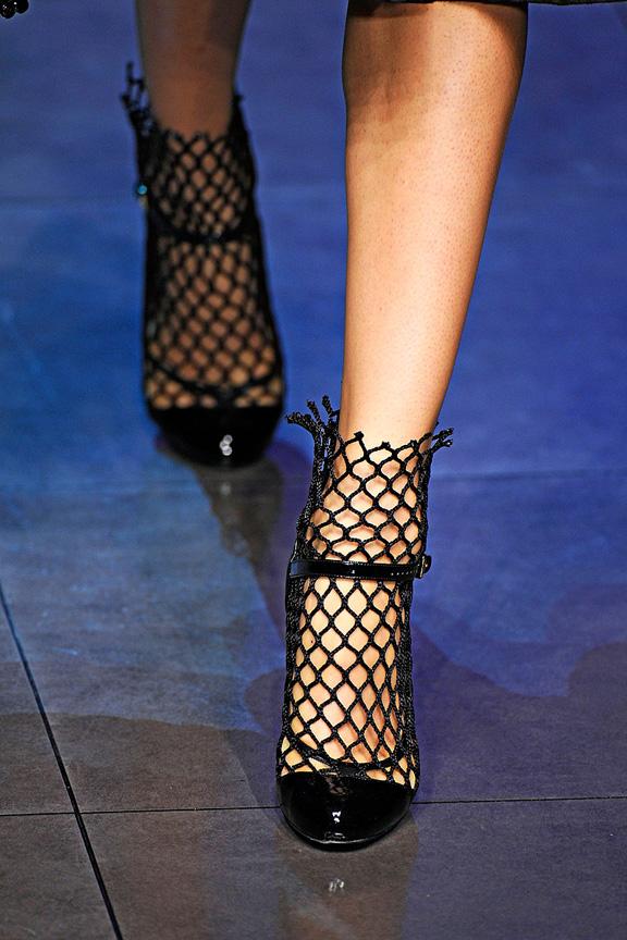 Dolce & Gabbana, Milan fashion week, catwalk shows, amazing shoes, spring summer 2012