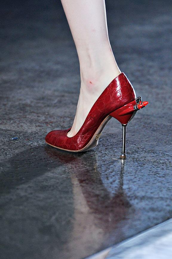 Prada, Milan fashion week, catwalk shows, amazing shoes, spring summer 2012