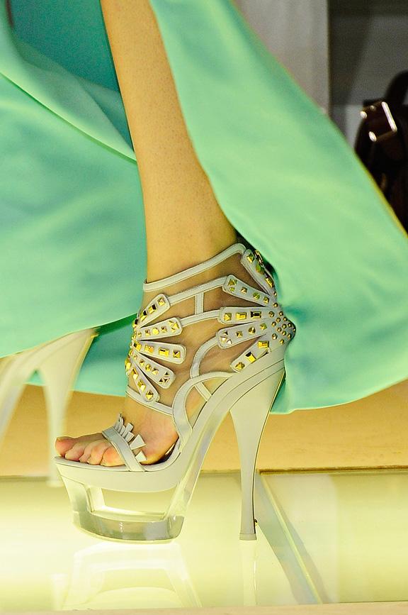 Versace, Milan fashion week, catwalk shows, amazing shoes, spring summer 2012