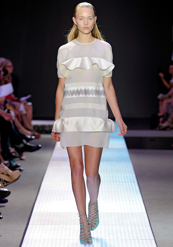 Giambattista Valli, Paris fashion week, fashion shows, catwalk, spring summer 2012