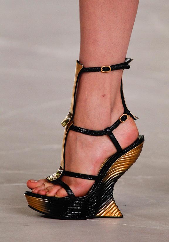 spring summer 2012, amazing shoes, catwalk shows, Paris, Alexander McQueen