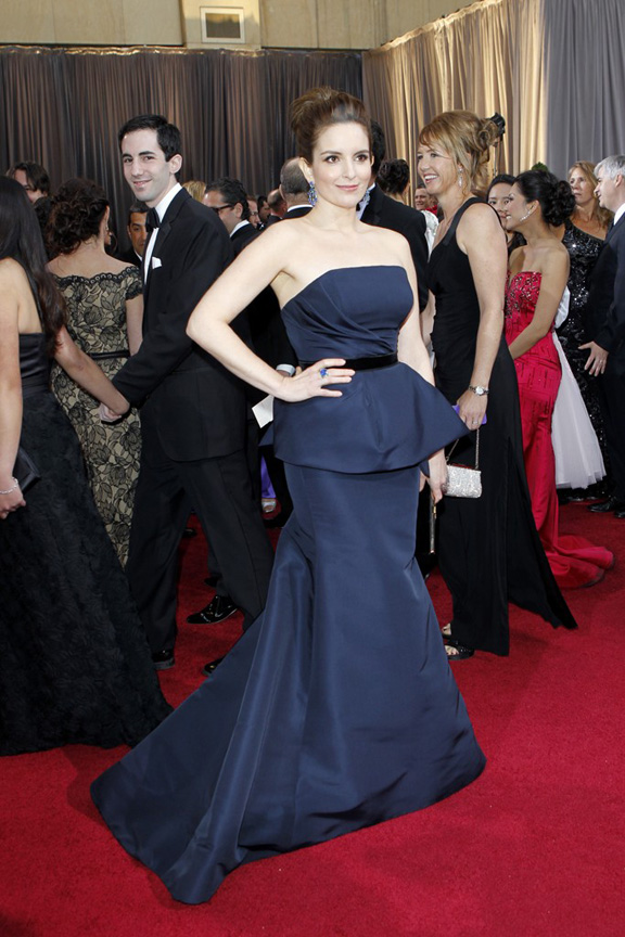 academy awards, oscars, red carpet, celebrities, tina fey, carolina herrera