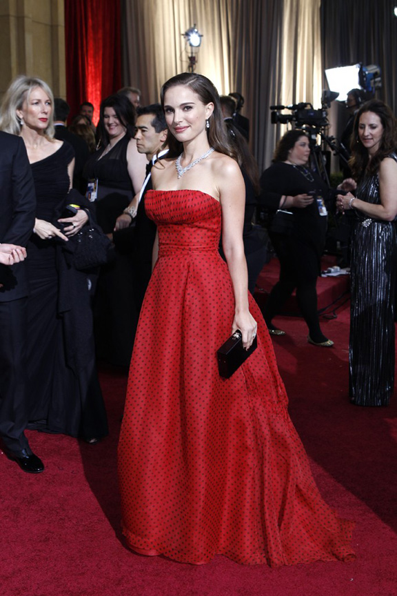 academy awards, oscars, red carpet, celebrities, natalie portman, christian dior