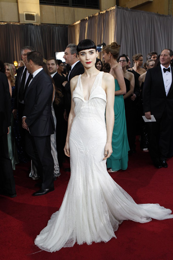 academy awards, oscars, red carpet, celebrities, rooney mara, givenchy