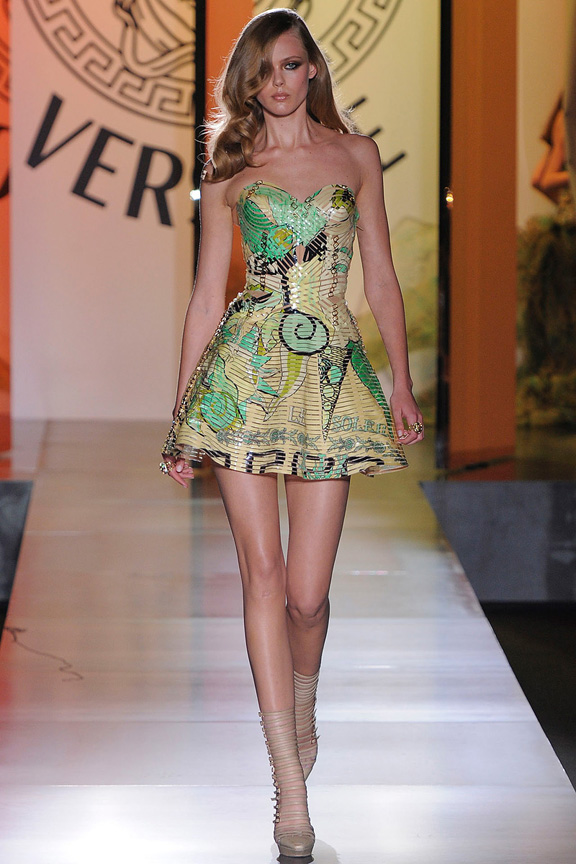 atelier versace, haute couture, runway, catwalk show, fall winter 2012