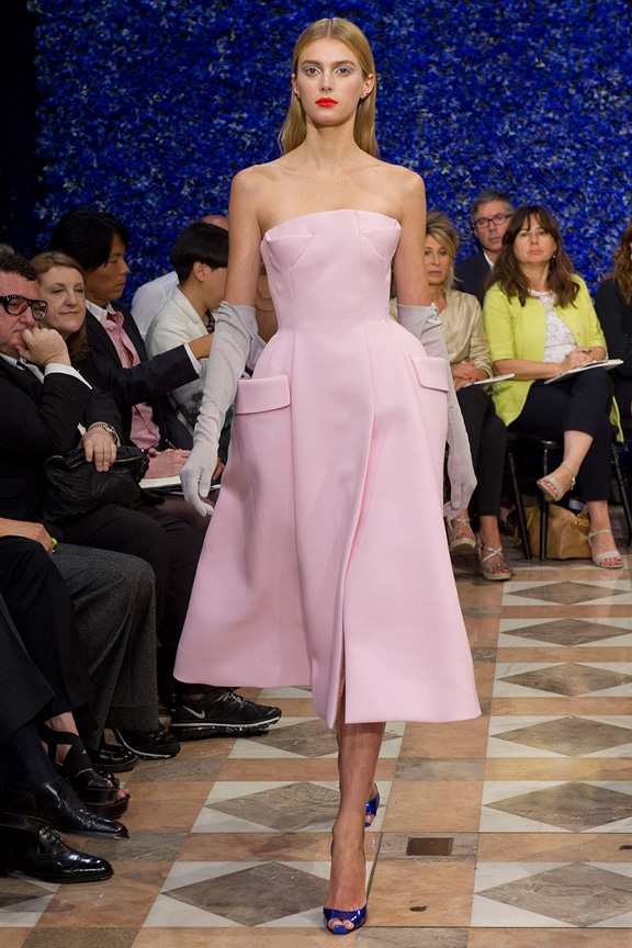 paris, haute couture, runway shows, catwalk, dior, raf simons