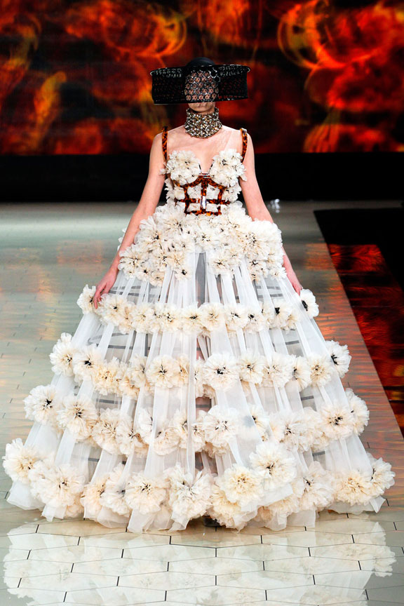 Paris, catwalk, runway show, review, critic, spring summer 2013, Alexander McQueen, Sarah Burton