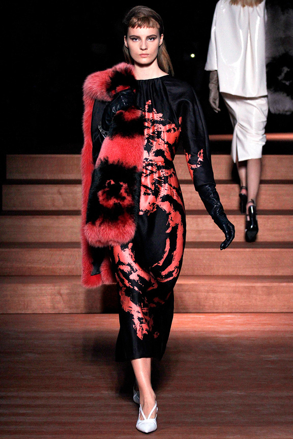 Paris, catwalk, runway show, review, critic, spring summer 2013, prada, miu miu