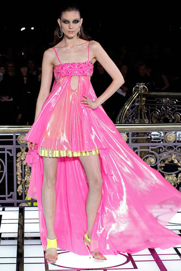 Paris, catwalk, runway show, review, critic, haute couture, spring summer 2013, atelier versace