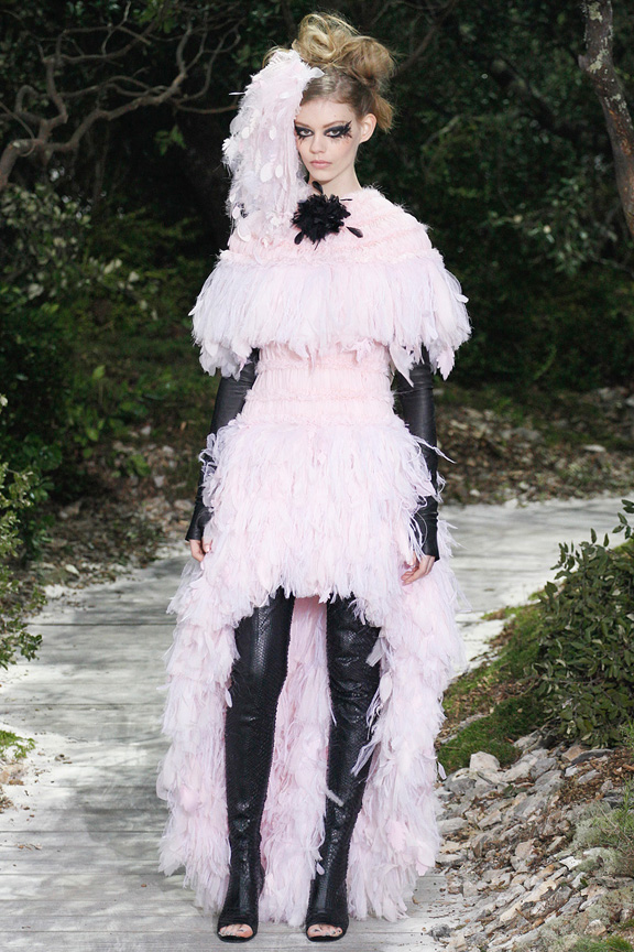 Paris, catwalk, runway show, review, critic, haute couture, spring summer 2013, chanel, karl lagerfeld