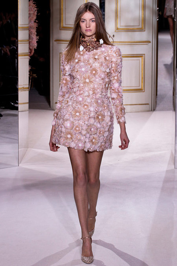 Paris, catwalk, runway show, review, critic, haute couture, spring summer 2013, giambatti