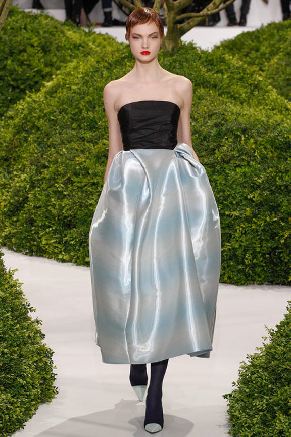 Paris, catwalk, runway show, review, critic, haute couture, spring summer 2013, christian dior, raf simons