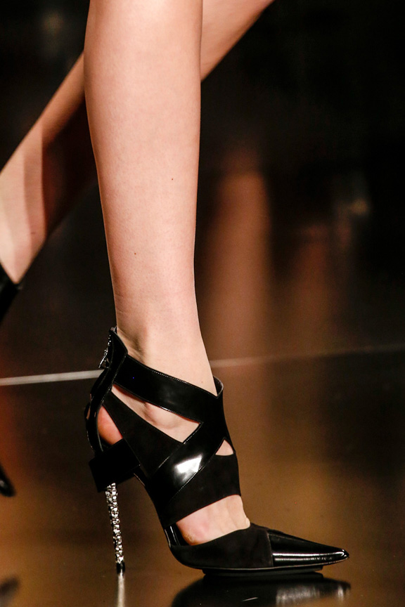 Milan, catwalk, runway show, review, critic, fall winter 2013, shoes, etro