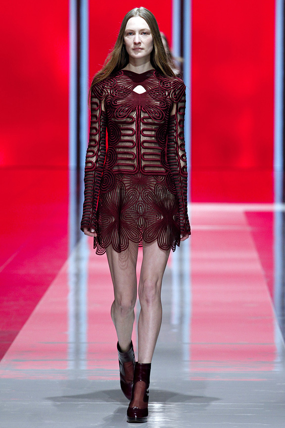 London, catwalk, runway show, review, critic, fall winter 2013, christopher kane