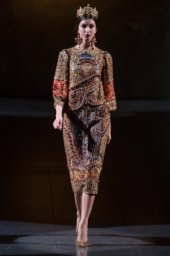 Milan, catwalk, runway show, review, critic, fall winter 2013, dolce & Gabbana