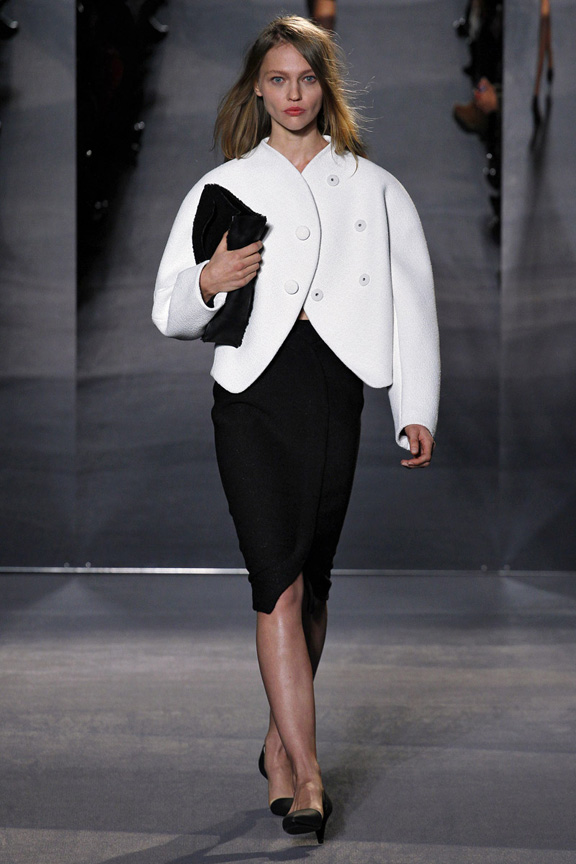 New York, catwalk, runway show, review, critic, fall winter 2013, balenciaga