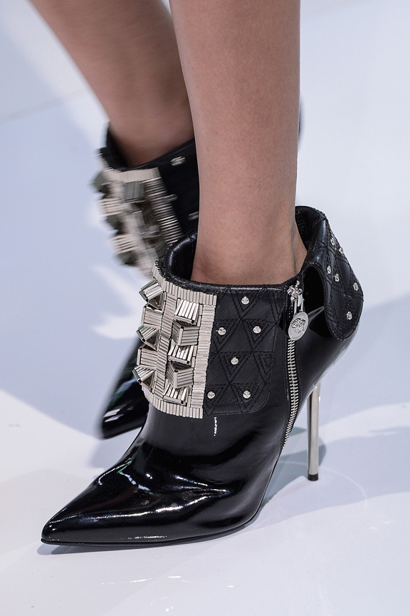 Milan, catwalk, runway show, review, critic, fall winter 2013, shoes, versace