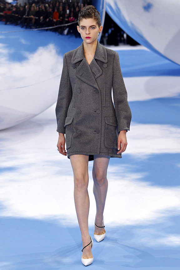 Paris, catwalk, runway show, review, critic, fall winter 2013, christian dior, raf simons