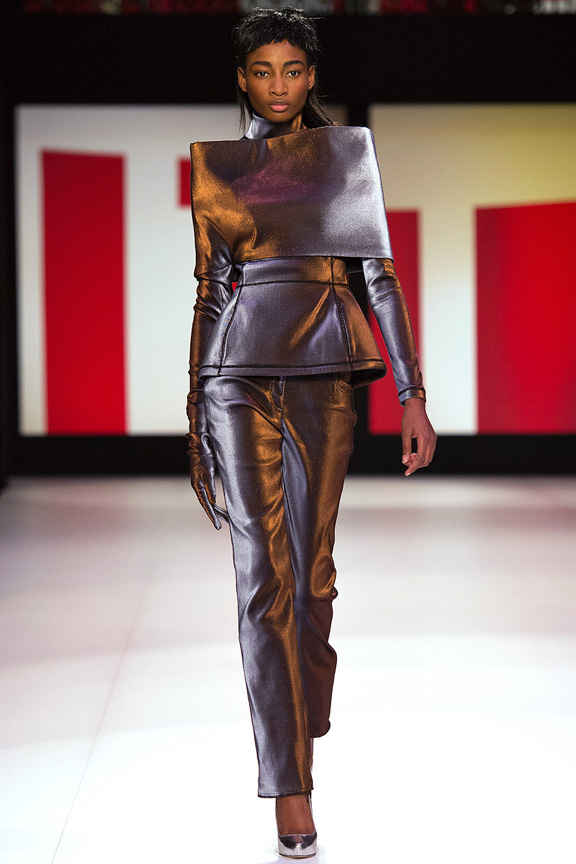 Paris, catwalk, runway show, review, critic, fall winter 2013, jean paul gaultier
