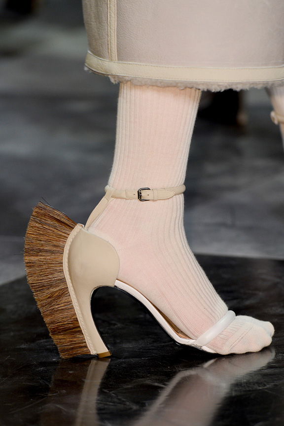 Paris, catwalk, runway show, review, critic, fall winter 2013, shoes, loewe