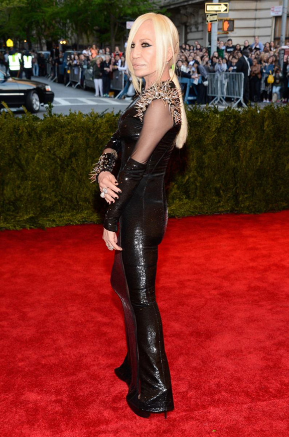 met gala, ball, red carpet, celebrities, evening wear, donatella versace