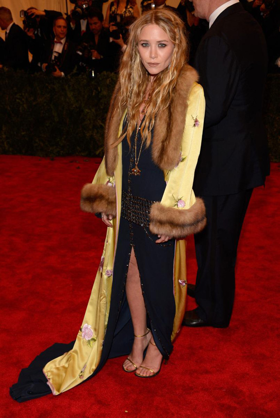 met gala, ball, red carpet, celebrities, evening wear, mary kate olsen, chanel, balmain