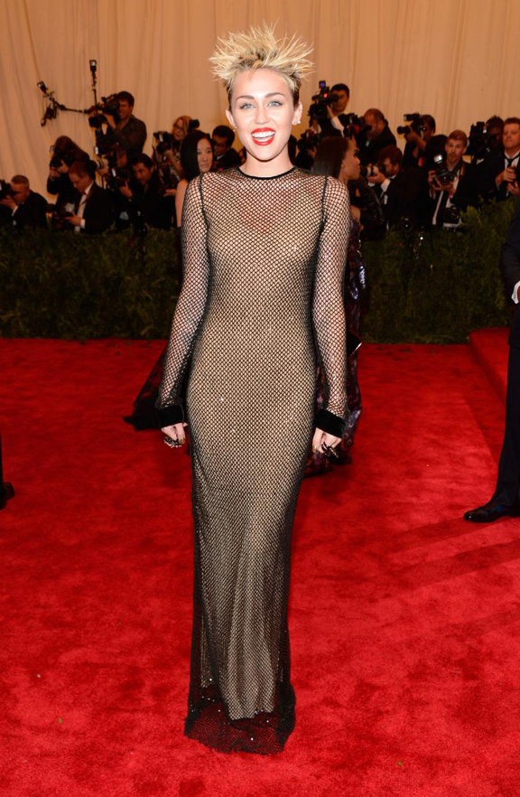met gala, ball, red carpet, celebrities, evening wear, miley cyrus, marc jacobs