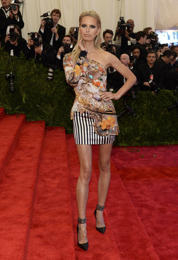 met gala, ball, red carpet, celebrities, evening wear, mary katrantzou