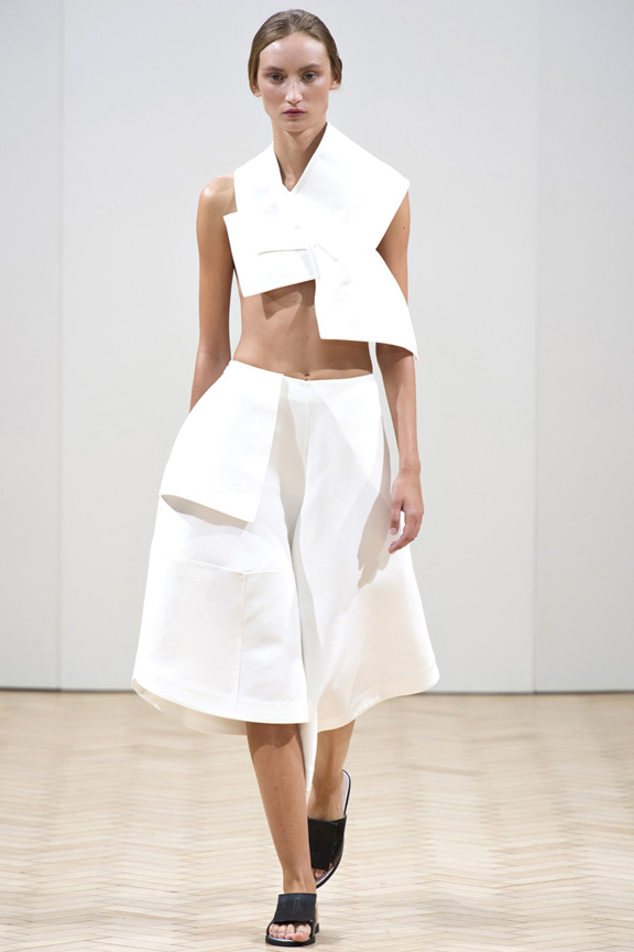 London fashion week, catwalk, runway show, review, critic, spring summer 2014, J. W. Anderson