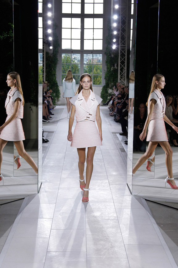 paris fashion week, catwalk, runway show, review, critic, spring summer 2014, balenciaga, alexander wang