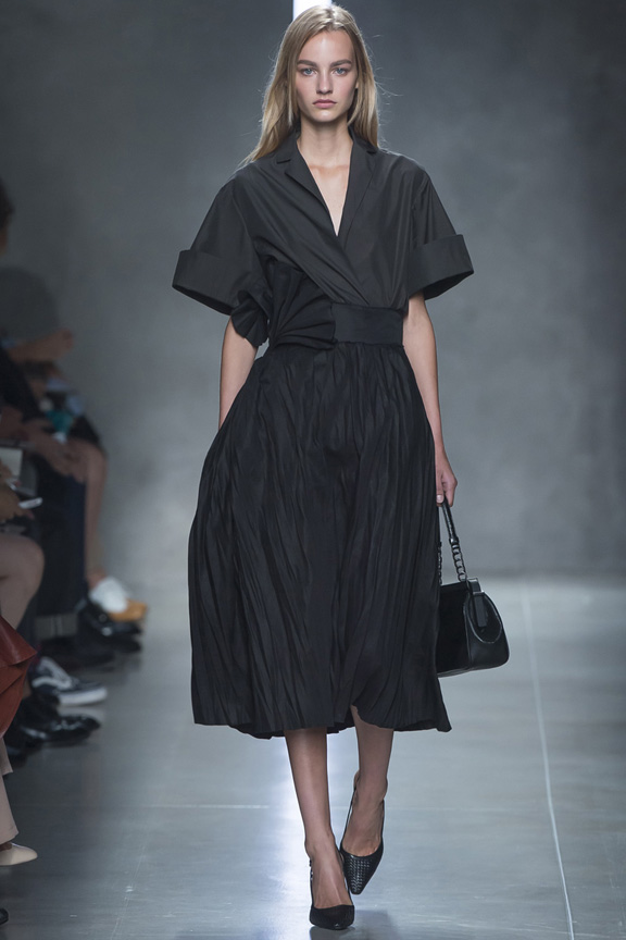milan fashion week, catwalk, runway show, review, critic, spring summer 2014, tomas maier, bottega veneta