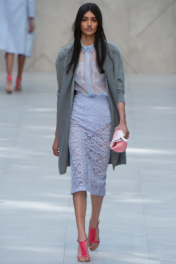 London fashion week, catwalk, runway show, review, critic, spring summer 2014, burberry, christopher bailey