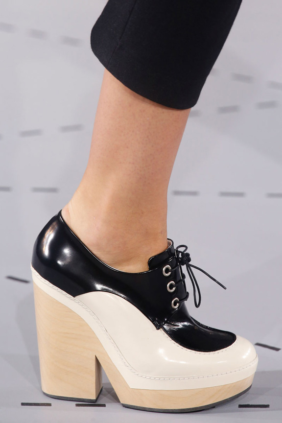 milan fashion week, catwalk, runway show, review, critic, spring summer 2014, shoes, jil sander