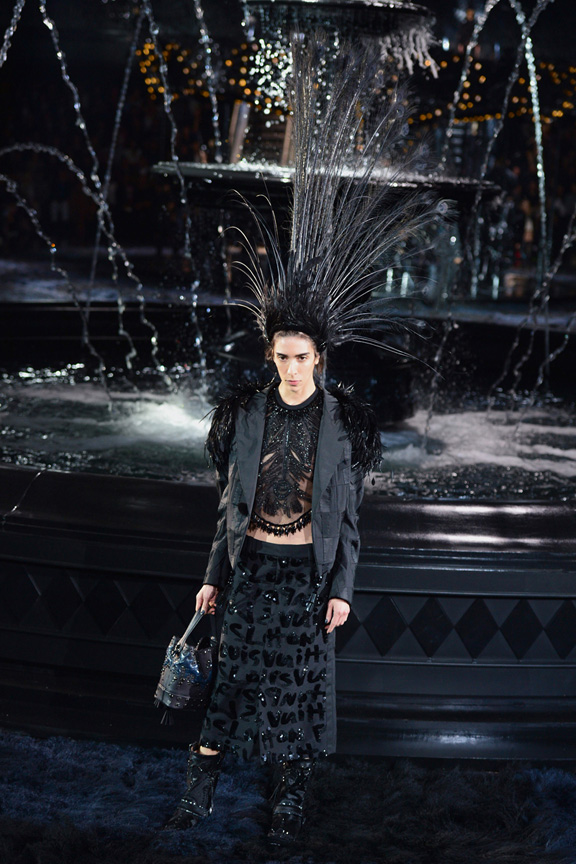 catwalk, fashion critic, runway review, paris fashion week, spring summer 2014, louis vuitton, marc jacobs