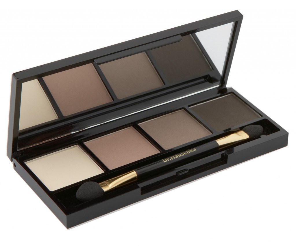 Dr. Hauschka, eye shadow, beauty brief, smokey eye, minimalist makeup