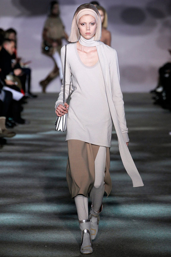 runway report, catwalk review, fashion critic, fashion week shows, new york, marc jacobs